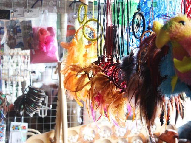 Souvenirs on display at Nabalu Market
